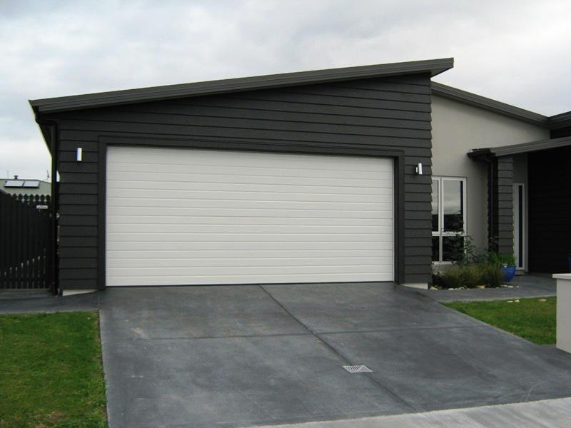 Modern White Garage Door Images